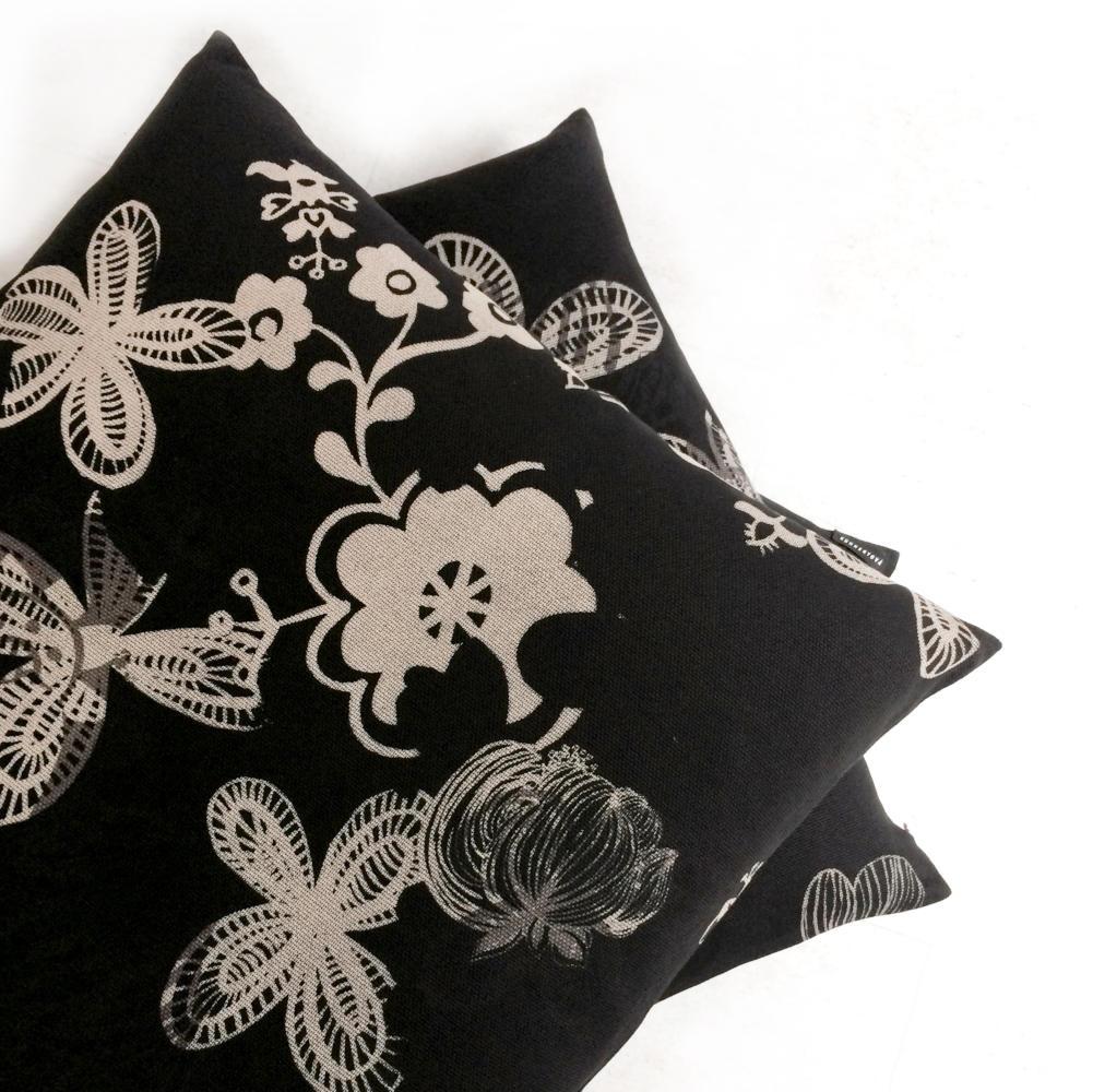 kissen gross stunning kare design kissen very british aus polyester und baumwolle mit mal cm. Black Bedroom Furniture Sets. Home Design Ideas